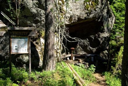Opastaulut johdattavat kulkijat Neitvuoren huipulle, kuva Kari Valjakka